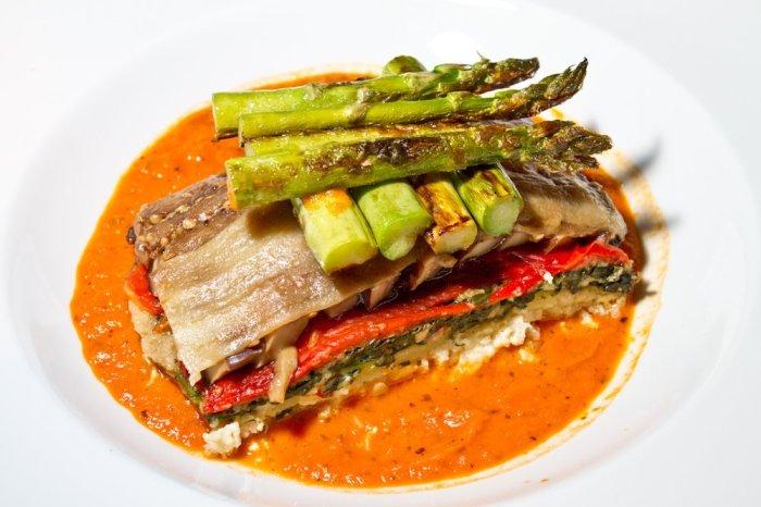 Vegan Atlanta – Lunch at Café Sunflower – Award-Winning Vegetarian Restaurant in Buckhead
