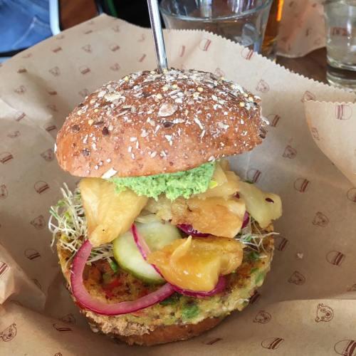 Veggie Burger Spotlight – Farmer's Quinoa Veggie Patty on Sprout Bun From Bareburger in NYC